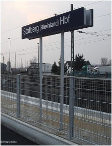 20090403_stolberghbf_neuesbfschild_x1f1_f