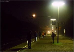 20090313_stolberghbfbahnsteiggl1u2_morgennebelstimmung_x2f1_f