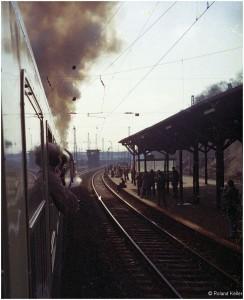 19760403_ausfahrtstolberghbf_dampfzugfahrtmit050761evtl_x2