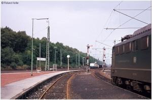 19770922_stolberghbf_vennbahnbahnsteige_140104rechtsu110413mitgzausfausbez3nachac