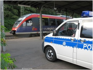 20090705_stolberghbf_euregiobahnmitpolizeibus_x2f2_f