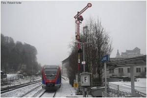 20091220_BfStolbergAltstadt_AusfahrtBR643alsRB20_x2