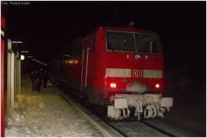 11_20100109_StolbergHbf_BahnsteigGl1_EinfahrtBR111mitRE9_x11_F