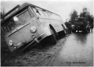 1961_12_11_Stolberg_ASEAGBus_imStrassengraben_x1F3_F