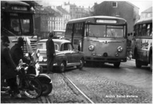 1961_Stolberg_Zweifallerstr_Finkensiefstr_Berufsverkehr_Busse_x1F4_F