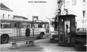 1963_08_11_Stolberg_AtschDreieck_Telefonhaeuschen_ASEAGBus139_x1F3_F