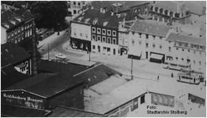 1965_Stolberg_Markt_2xASEAG_Tw_evtl_TGLx_Ausschnitt_von_CIMG9333_x1F2_F