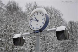 2013_02_24_StolbergHbf_Bahnsteiguhr_x3_F