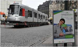2013_03_02_Aachen_WillyBrandtPlatz_Rheinbahn_Tw3317_mitWerbeplakat_x6_F