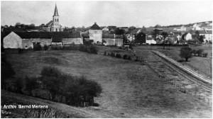 SL18_1930erJahre_Mausbach_Strassenbahnstrecke_x1F2_F