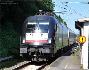2013_07_21_StolbergHbf_Taurus_Ueberfuehrung_SNCB_Reisezugwaggons_x10_F