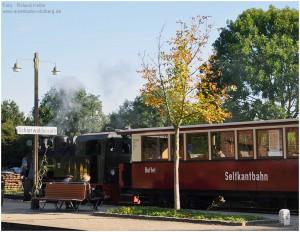 2013_09_29_BfSchierwaldenrath_Bahnsteigszene_Lok101_x12_F
