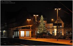 2013_11_26_StolbergHbf_EG_Weihnachtsbaum_x1F2_F