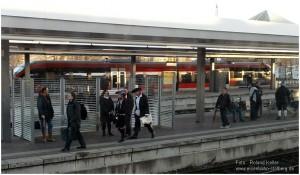 2014_02_21_Dueren_Bahnsteigszene_x3_F