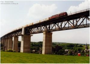 2004_06_xx_Moresnet_Viadukt_BR241_8_Bananenzug_x1F3_F