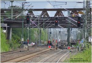 2014_04_14_BfDueren_Streckensperrung_wg_Abriss_BrueckeSchoellerstrasse_x4_F