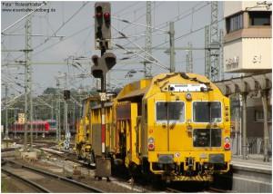2014_06_13_StolbergHbf_Gl43_Stopfmaschine_u_Schotterpflug_x2_F