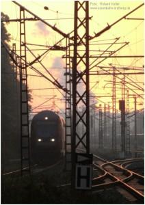 2014_07_24_StolbergHbf_Einfahrt_RE1_ausKoeln_Sonnenaufgang_x1_F
