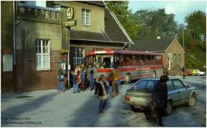 20_1979_11_02_BfBaal_1285_Schulbus_vor_EG_x18F3_F