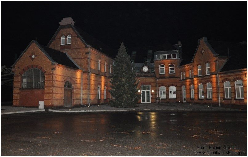 2015_01_10_StolbergHbf_EG_Weihnachtsbaum_ohneBeleuchtung_x2_F