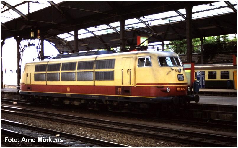 1988_AachenHbf_BR103_Foto_Arno_Moerkens_x1F4_F