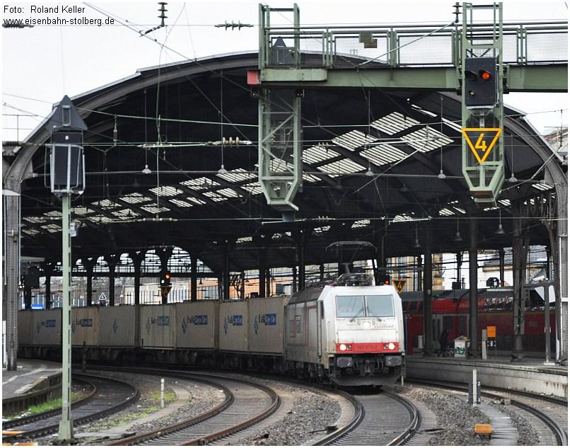 2015_02_01_AachenHbf_Crossrail_185578_x5_F