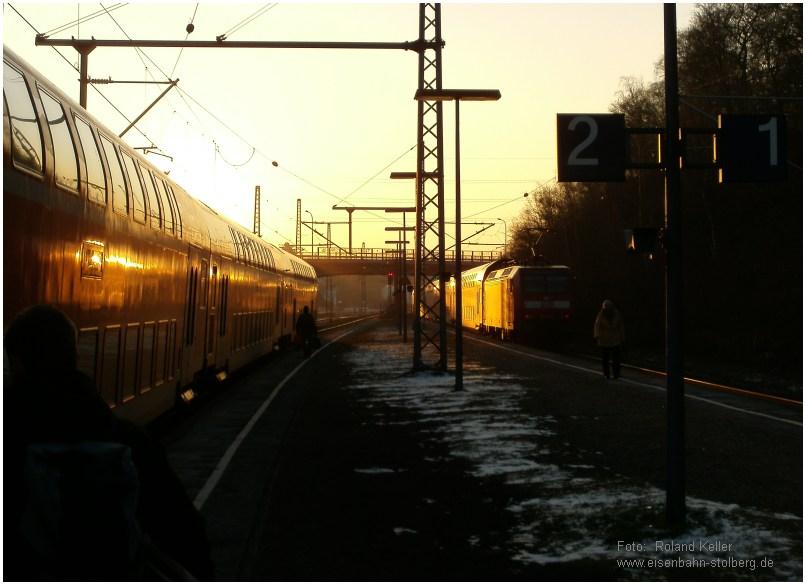 2015_02_06_StolbergHbf_RE1_Begegnung_bei_Sonnenuntergang_x9_F