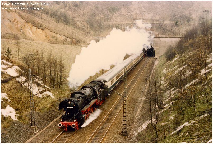 1976_04_04_zw_Nirmer_u_Eilendorfer_Tunnel_050164_Pendelzug_v_Aachen_n_Stolberg_x1F5_F
