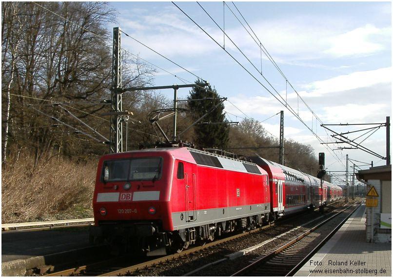 2015_04_11_StolbergHbf_120207_RE9_umgekehrt_gereiht_RE9_x2_F