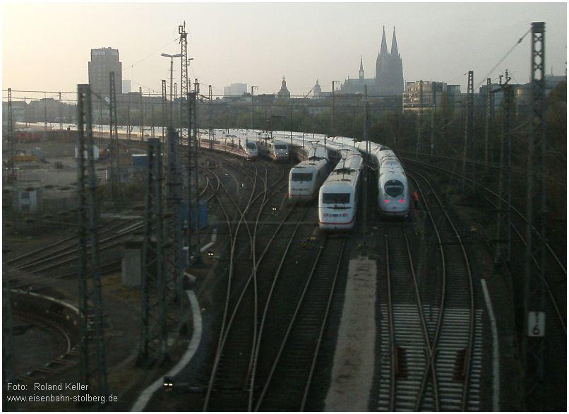 2015_04_22_KoelnBbf_Bahnstreik_ungenutzte_ICEs_x3_F