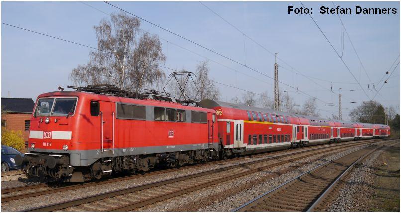 Eschweiler Hbf 111.117 am 10.04.2015_Foto_Stefan_Danners_x4_F