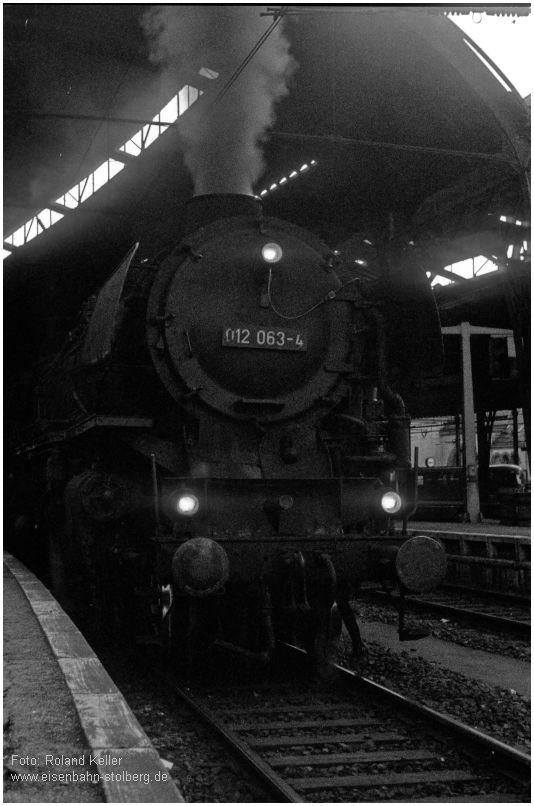 1975_05_10_AachenHbf_012063_Sf_Luettich_Rheine_sw_x3aF4_F