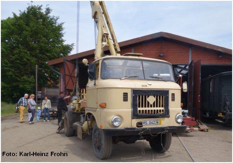 2015_05_24_Bf_Schierwaldenrath_Autokran_auf_W50_Foto_Karl_Heinz_Frohn_x1_F