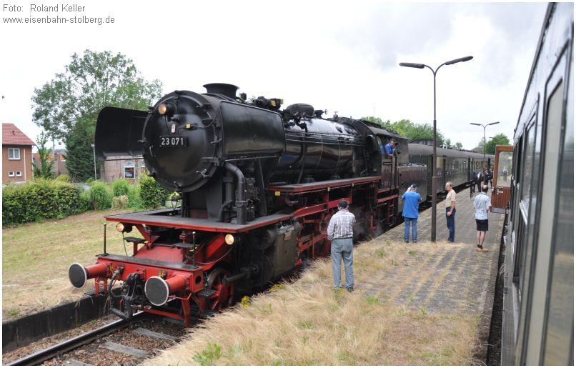 2015_07_12_Bf_Wijlre_Zugkreuzung_23071_x4_F