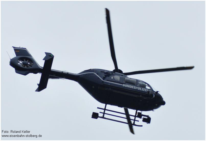 2015_07_19_StolbergHbf_Bundespolizei_Hubschrauber_x2_F