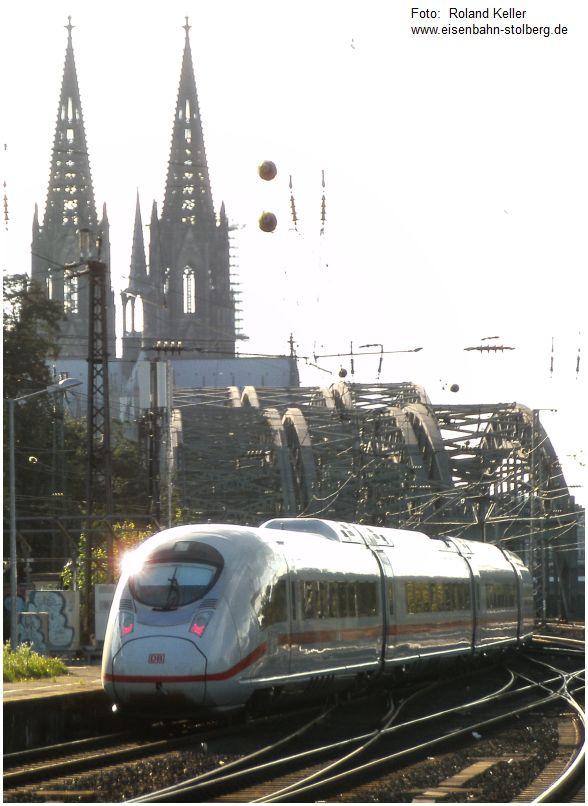 2015_09_10_Bf_Koeln_Messe_Deutz_ICE4_Hohenzollernbruecke_Dom_x1_F
