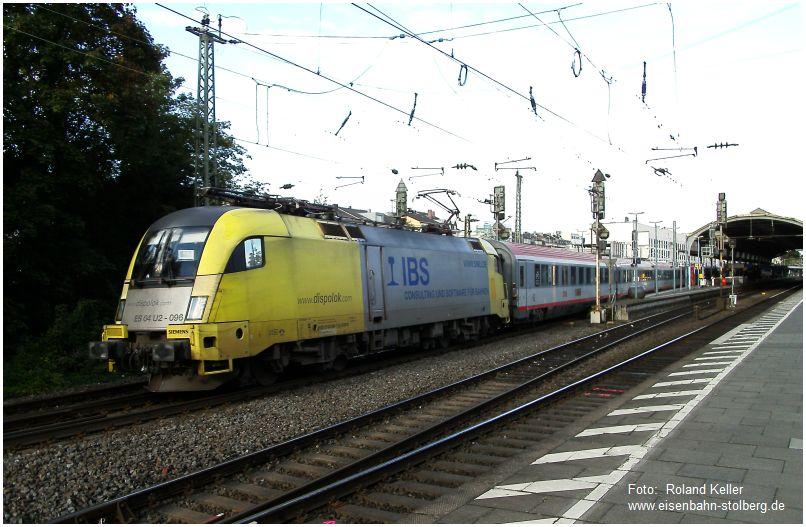 2015_09_24_Bonn_Hbf_Dispolok_ES_64_U2_096_Taurus_mit_IC_119_x1_F