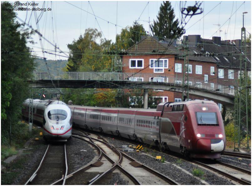 2015_10_03_Aachen_Hbf_Begegnung_ICE3_u_Thalys_x5_F
