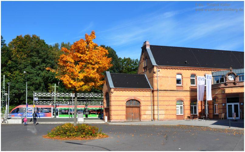 2015_10_11_Stolberg_Hbf_EG_Vorplatz_643202_x1_F