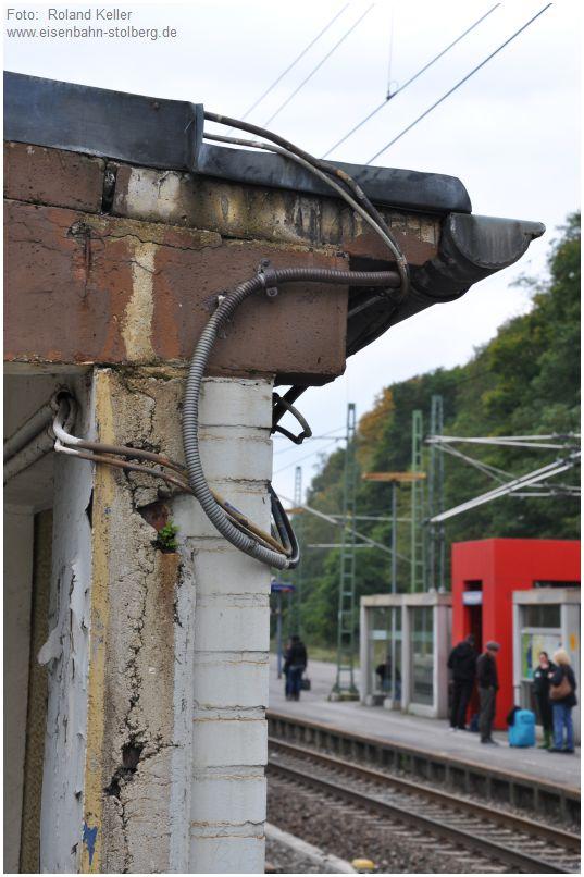 2015_10_18_Stolberg_Hbf_Detail_Bahnsteigtreppe_x4_F