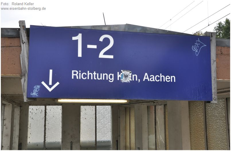 2015_10_18_Stolberg_Hbf_Schild_an_Bahnsteigtreppe_x2_F