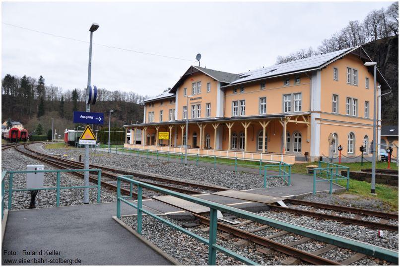 14_2015_12_02_Bf_Wolkenstein_barrierefreier_Bahnsteigzugang_x2_F