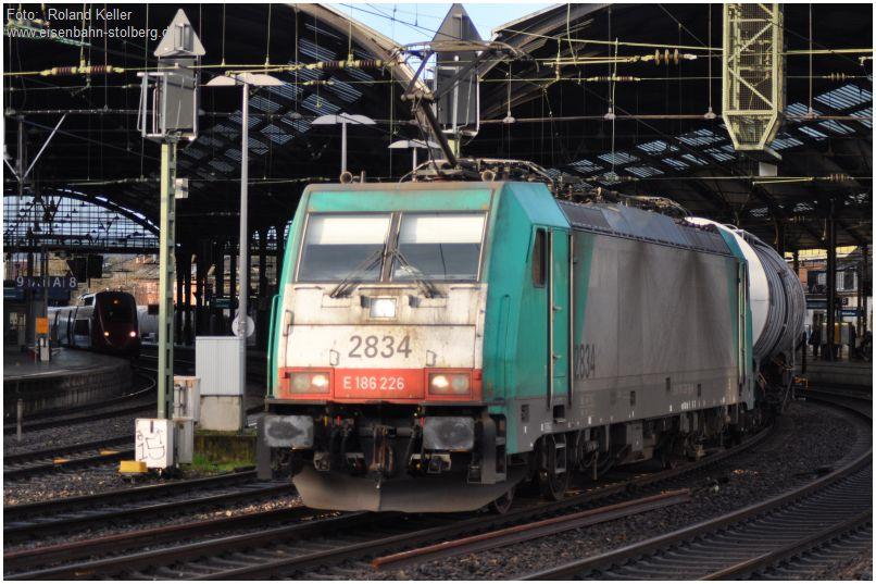 2015_12_31_Aachen_Hbf_COBRA_2834_E186226_Thalys_4341_x2_F