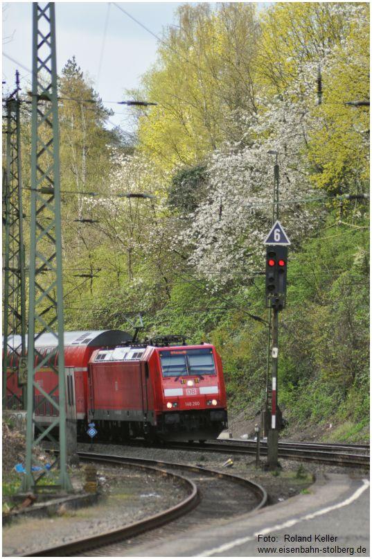 2016_04_17_Eschweiler_Hbf_146260_RE1_Paderborn_x8_F