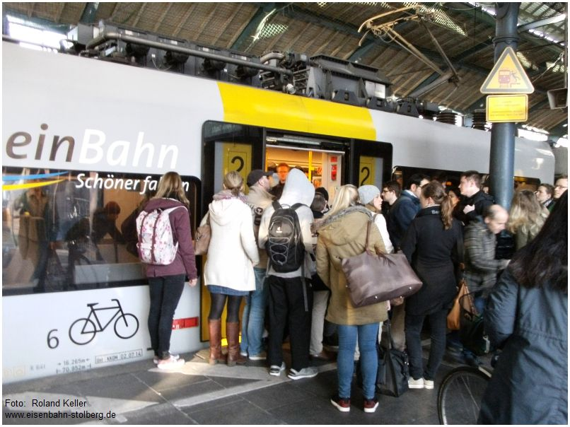 2016_04_20_Bonn_Hbf_schoener_Bahnfahren_x4_F