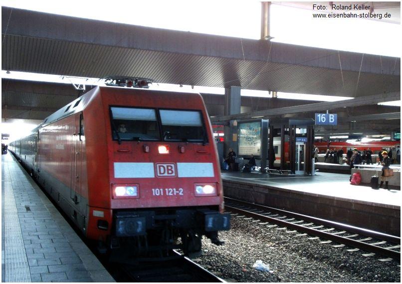 2016_04_20_Duesseldorf_Hbf_101121_IC_n_Hannover_x9_F
