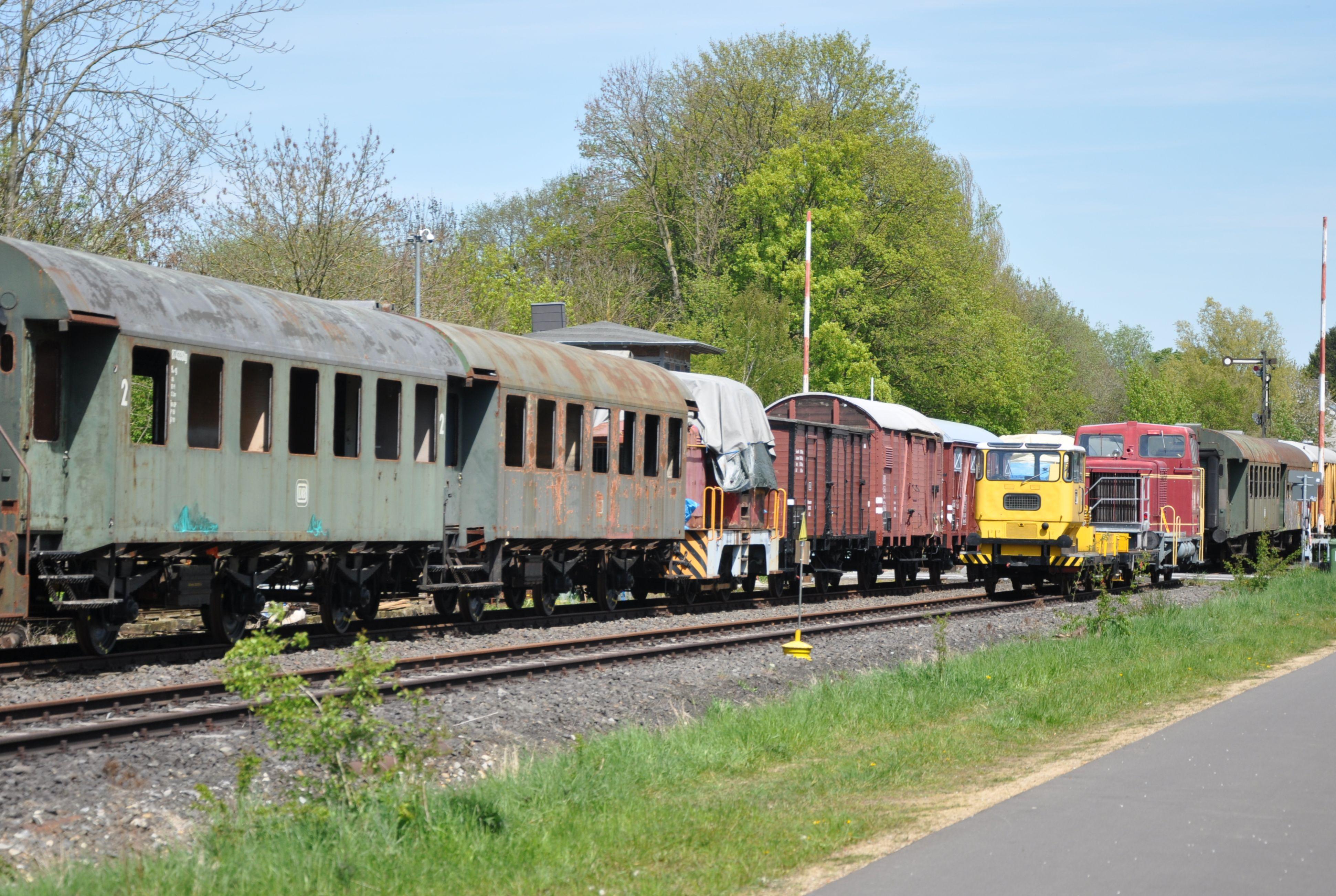 2016_05_06_Bf_Walheim_EFG_Fahrzeuge_x2F1_B