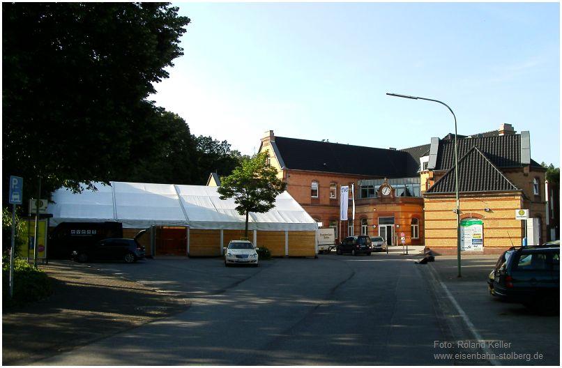 2016_06_09_Stolberg_Hbf_Aufbau_Festzelt_x2_F
