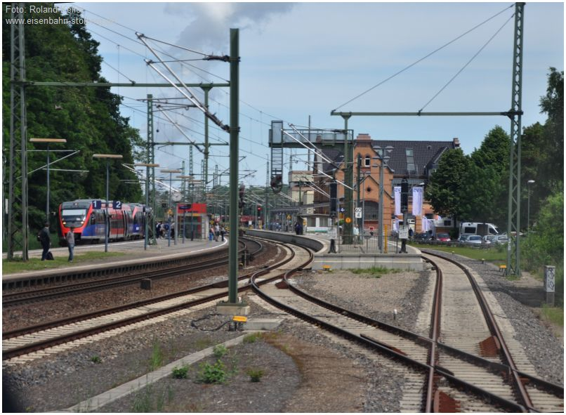 2016_06_10_Mitfahrt_in_643709_Einfahrt_Stolberg_Hbf_Gl44_x22_F