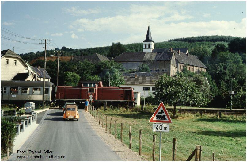 1986_08_17_bei_Hp_Hausen_212264_mit_N8137_x11F2_F